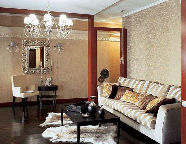 зеркало в гостиной в современной классике