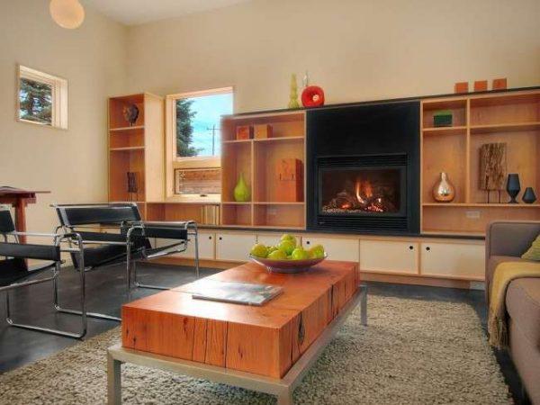 мебельная стенка в интерьере гостиной без дверей