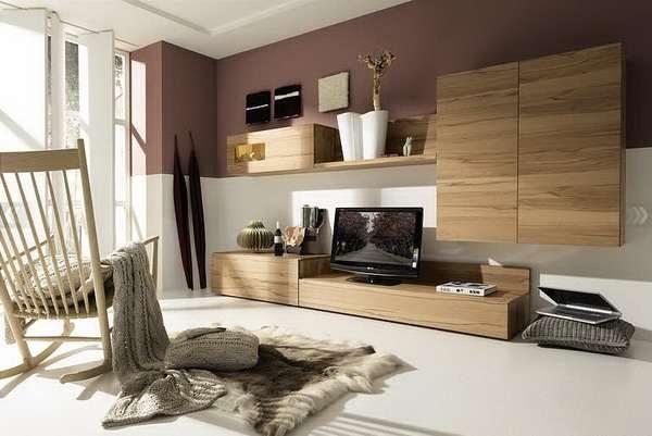 мебельная стенка под дерево в интерьере гостиной