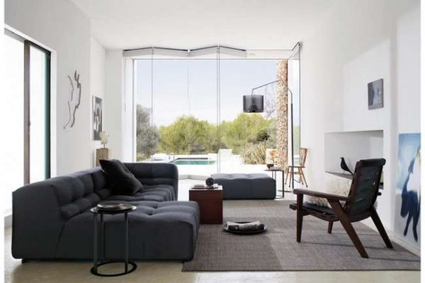 угловой диван в интерьере гостиной фото примеров и способы размещения