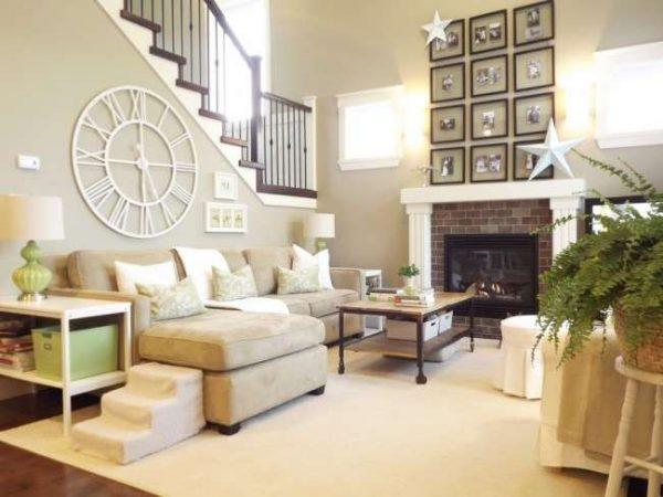 бежевый угловой диван в гостиной