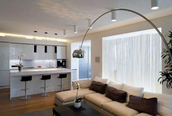 освещение в интерьере кухни-гостиной 20 кв.м.