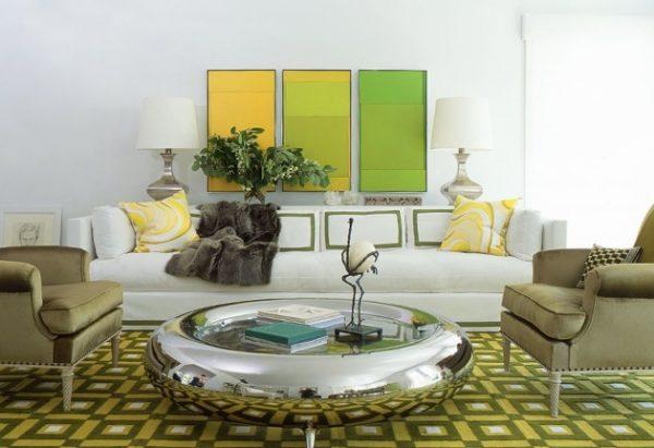 белые стены сочетаются с любыми цветами