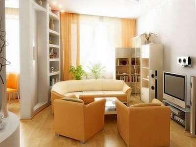 оранжевый цвет стен в интерьере гостиной