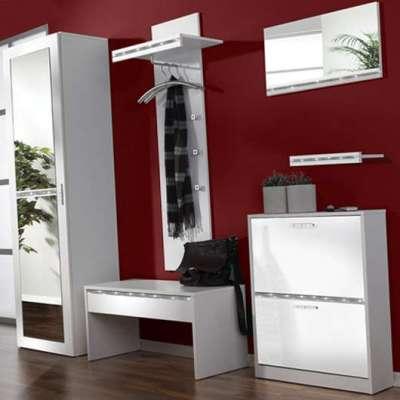 белая мебель в коридор