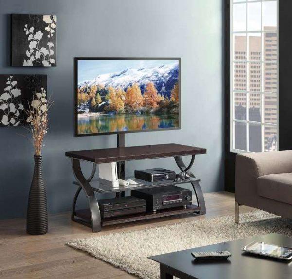 Тумба с кронштейном позволит установить телевизор в любом месте