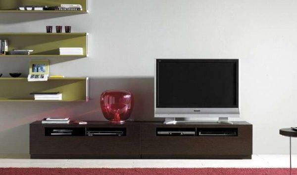 современная тумба под телевизор в интерьере гостиной