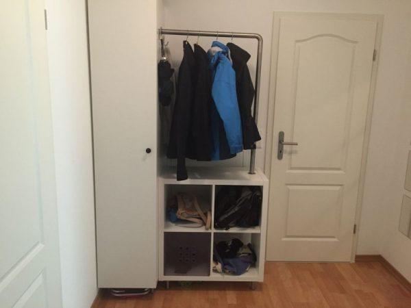 micro-wardrobe