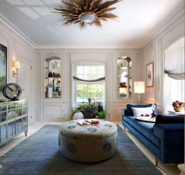 белые натяжные потолки для гостиной