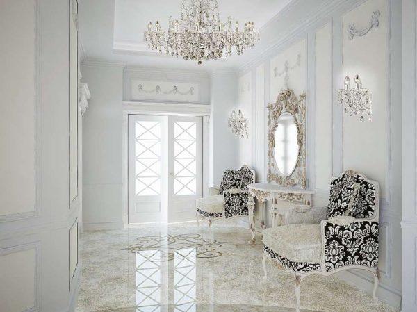 белый и золотой в интерьере прихожей в стиле барокко