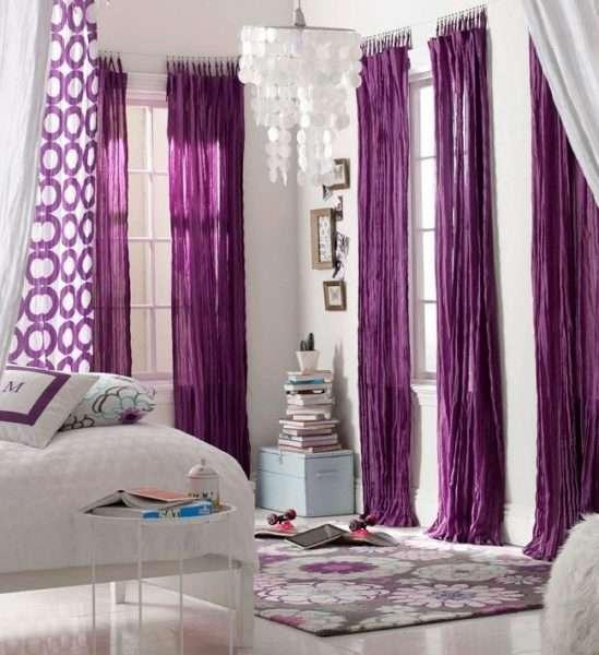 шторы сиреневого цвета в гостиной