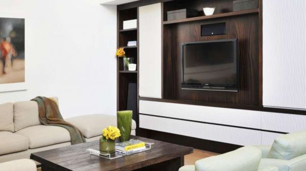 стенка с встроенным телевизором в гостиную