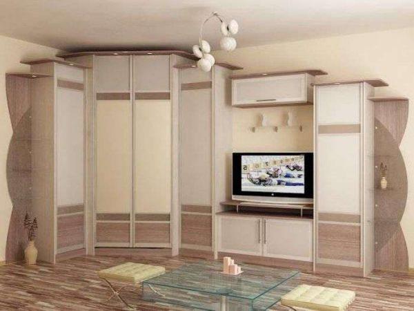 светлая угловая стенка для гостиной с телевизором