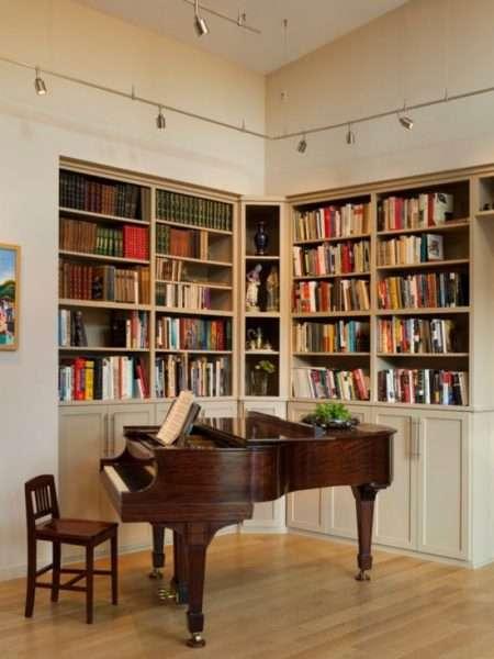 библиотека в угловой стенке