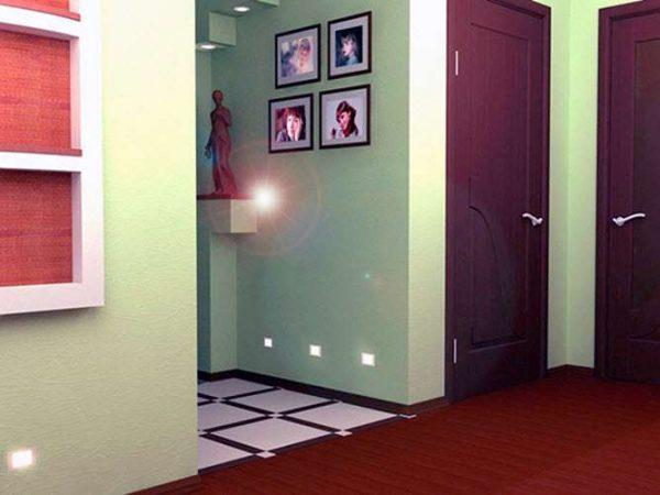 окрашенные стены в коридоре панельного дома