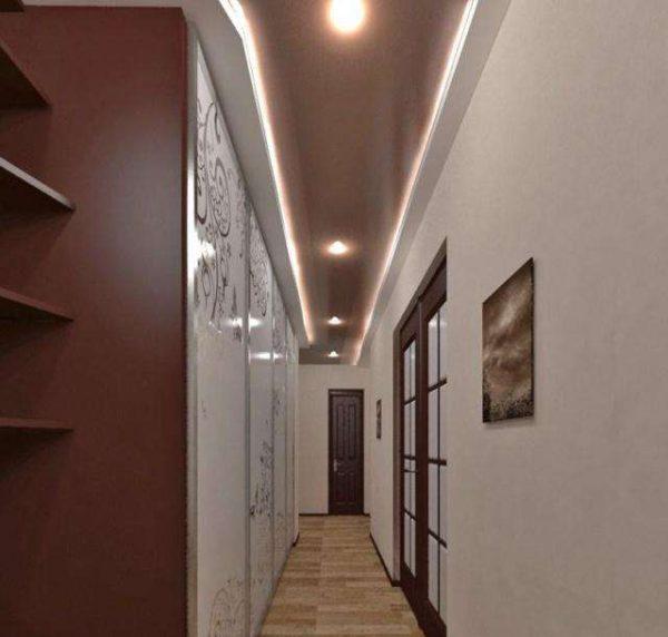 подсветка на потолке коридора