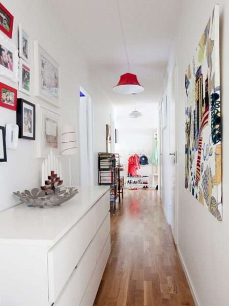 белый интерьер коридора в квартире
