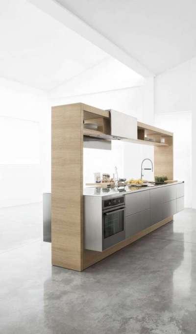 светлый интерьер кухни современной