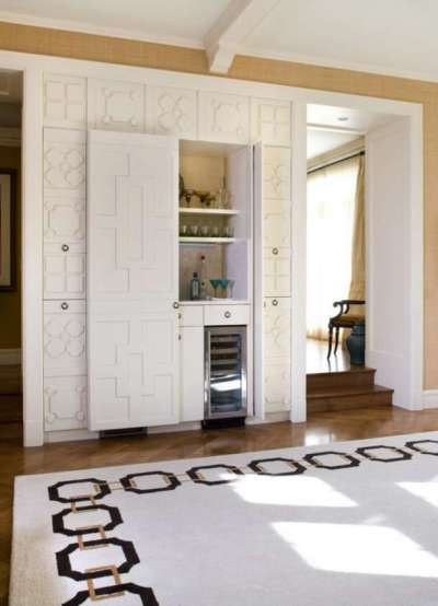 нестандартный холодильник на кухне