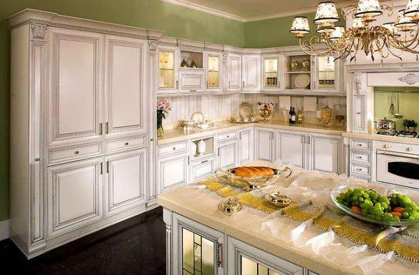 оливковые стены на кухне в итальянском стиле