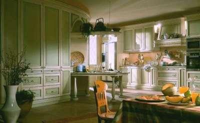 фисташковый цвет на кухне в итальянском стиле