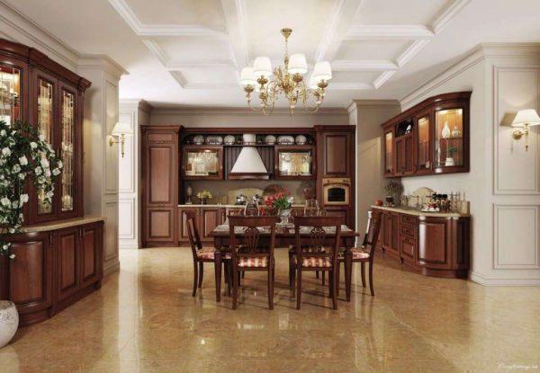 кухня из красного дерева в итальянском стиле