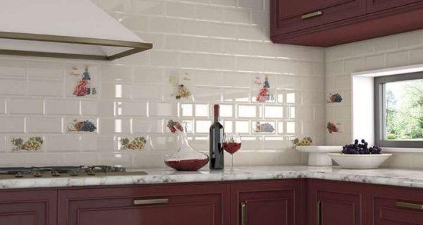 глянцевый кафель на кухню