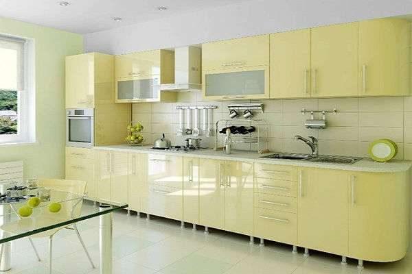 линейная кухня жёлтого цвета