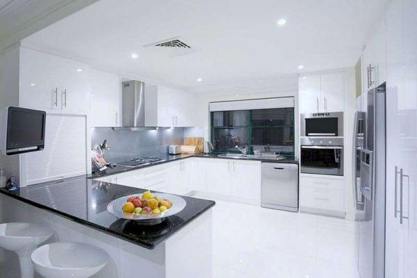 П-образная планировка кухни гостиной