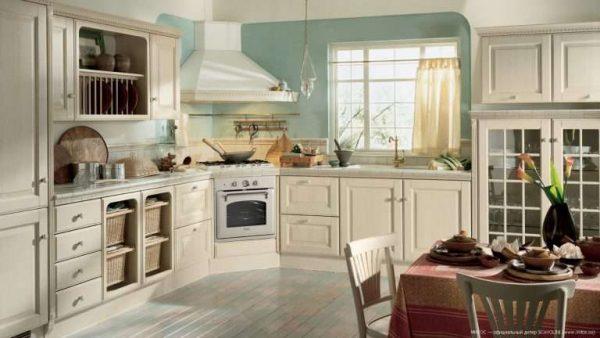 угловая кухня из светлого дерева своими руками