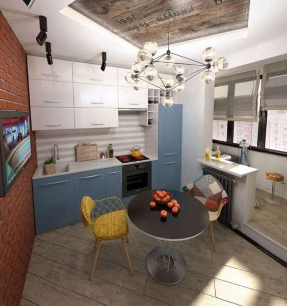 барные стулья на балконе совмещённом с кухней