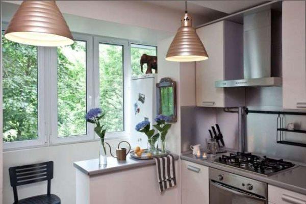 подоконник на балконе совмещённом с кухней