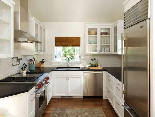 П-образная кухня большой площадью
