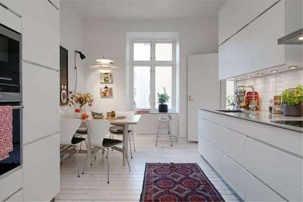 кухня с параллельными рядами