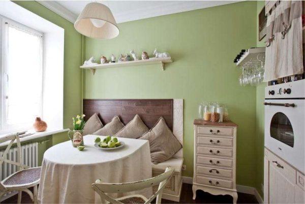 оливковый на кухне в английском стиле