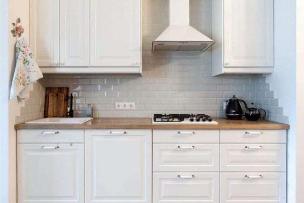 кафель на кухне в английском стиле