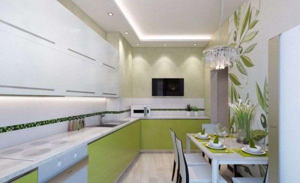 кухня оливкового цвета с настенным декором