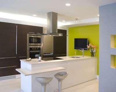 салатовая стена на кухне
