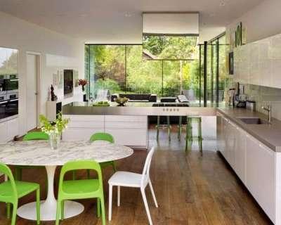 салатовые стульчики на кухне