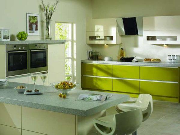 салатовые шкафы нижние на кухне