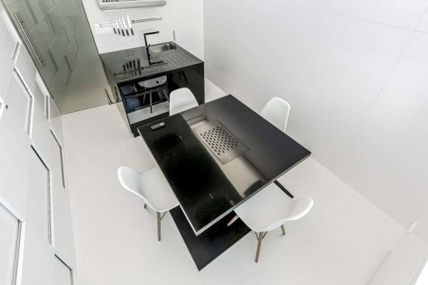 обеденная зона на кухне в стиле минимализм