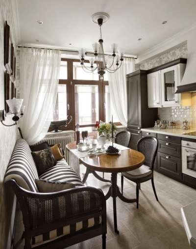 шторы из полупрозрачной ткани на кухне в стиле неоклассика