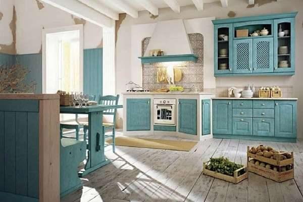 голубой цвет на кухне прованс