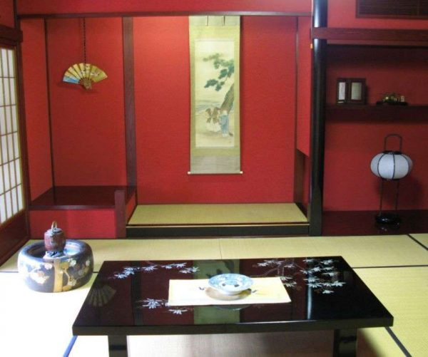 красный1 цвет в оформлении стены в японском стиле