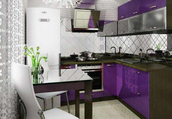 фиолетовая маленькая кухня угловая