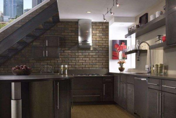 Клинкерная плитка на кухне в качестве фартука