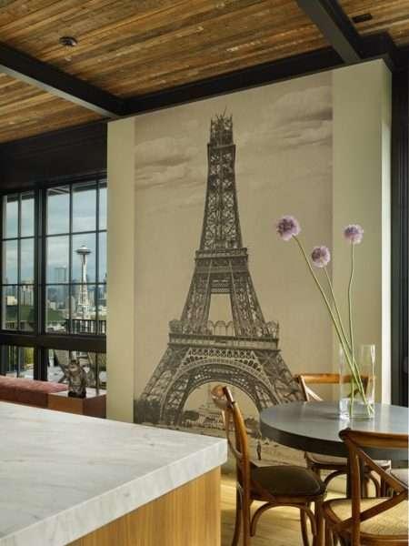 Эйфелевая башня на фотообоях кухни