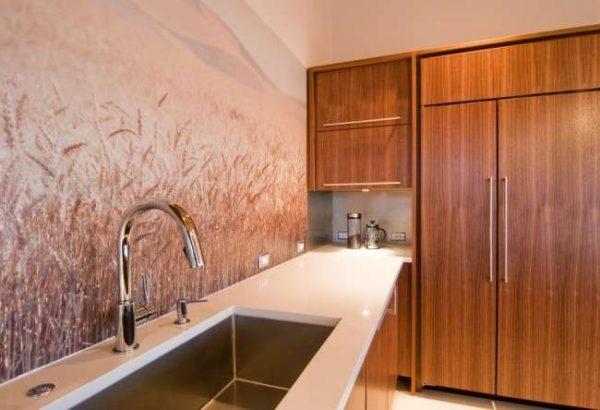 поле с пшеницей на фотообоях кухни