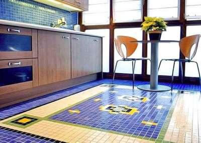 мозаика из плитки на полу кухни