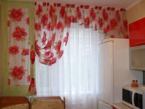 shtori-na-kuhnyu-svoimi-rukami-7-600x450 Как пошагово сшить шторы на кухню своими руками по выкройке?